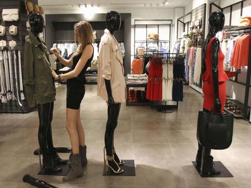 奢侈品牌主动要和Zara做邻居