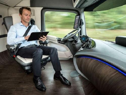 無人機藍海 VR/AR新時代