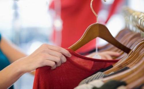 中国服装行业发展形势与前景分析
