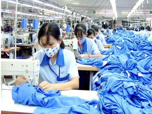纺织服装业库存连续五年增长 32家上市纺企积压存货222亿元