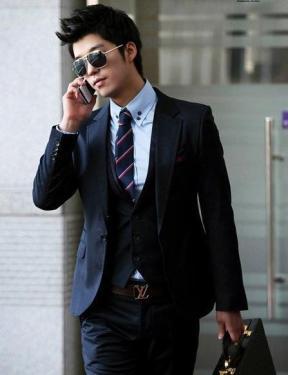 商务男士西装搭配