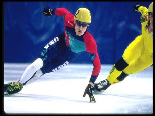 2022年北京冰雪体育产业收入规模力争达到400亿