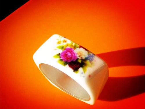 旧装新颜是陶瓷 陶瓷印刷的现代格调