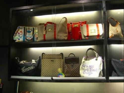 港媒:中国下调箱包服装关税