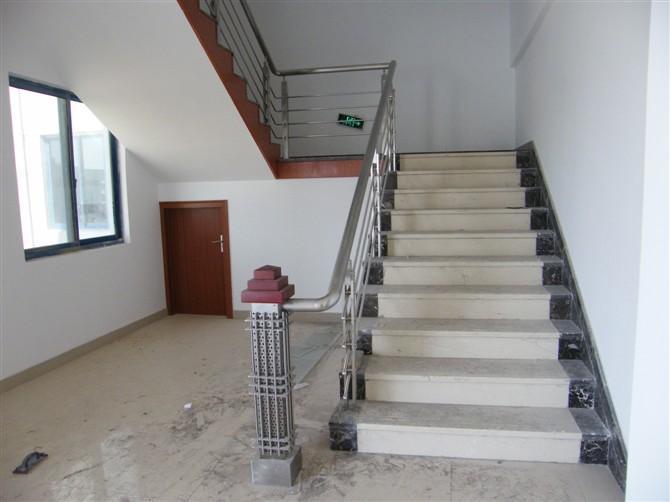 不锈钢管楼梯栏杆工程施工合同