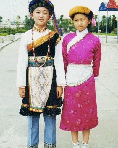 傈僳族少数民族儿童舞蹈表演服装