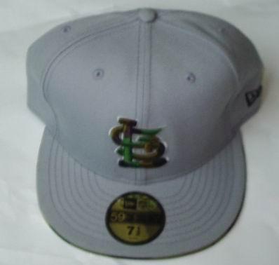 特种帽子款式图手绘