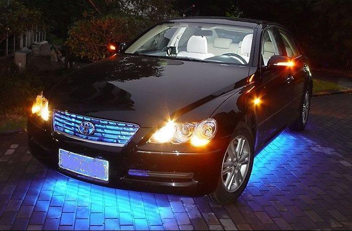 led汽车装饰灯条高清图片