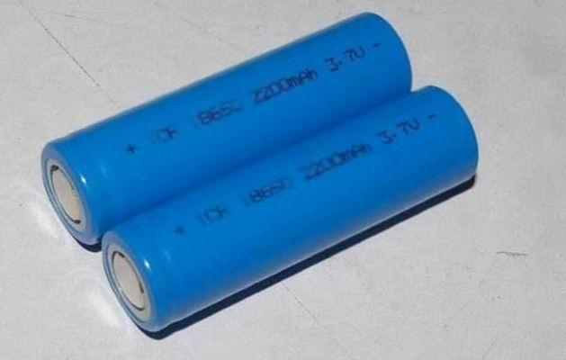 18650锂电池图片
