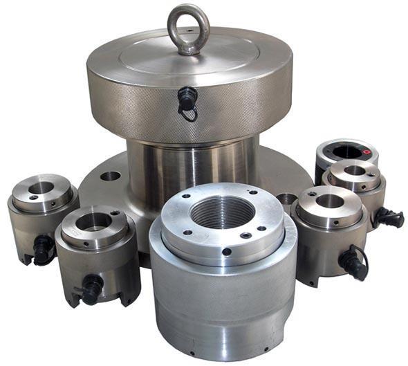 配备多个液压拉伸器,可实现多个螺栓同步精确拉伸,提高工作效率.图片