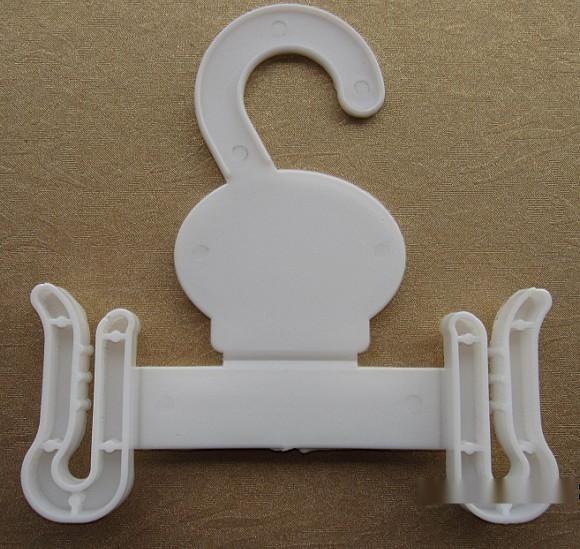生产各种塑料鞋钩
