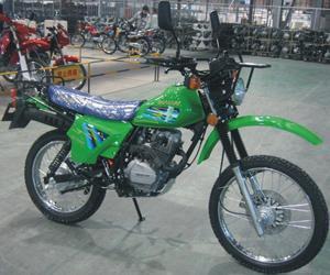 嘉陵越野125摩托车