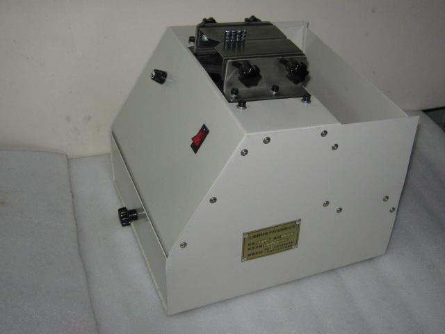 自动散装电容剪脚机 PL 102