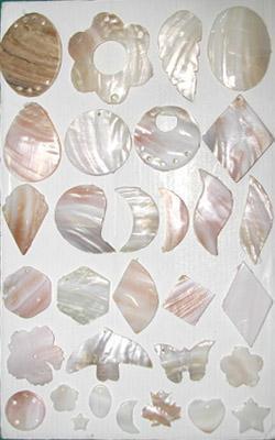 贝壳钮扣饰品,贝壳钮扣,贝壳工艺,饰品生产供应商 羽毛和贝壳类工艺品