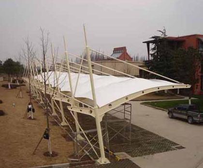 交通设施:飞机场/火车站/码头/停车场/天桥/加油