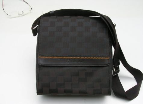 手提两用背包批发 - 中国制造网背包