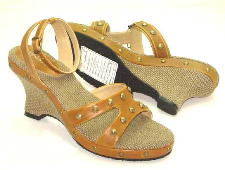 麻底坡根凉鞋 (k0350-1)