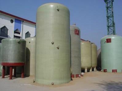 荣兴1-100立方米平底立式圆封头玻璃钢储罐; 供应玻璃钢化工储罐 玻璃图片
