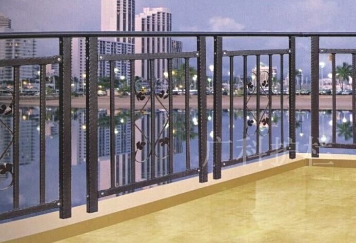 广州新塘锌钢阳台栏杆图片