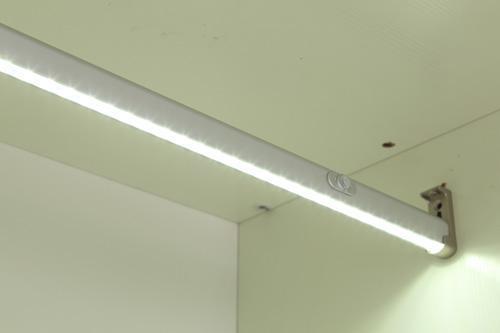 人体囹�a_照明 感应灯 l002a挂衣杠灯 人体感应灯  产品属性: 发光颜色:白色