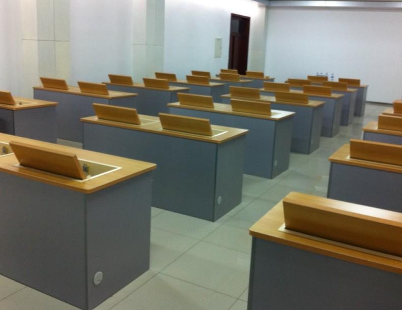 产品目录 家具摆设 桌类家具 电脑桌 03 电脑显示器翻转器电脑桌图片