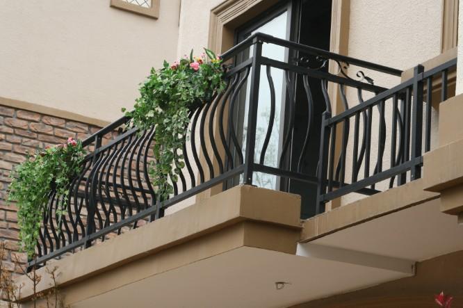 阳台栏杆施工方法 阳台栏杆 安装 技术