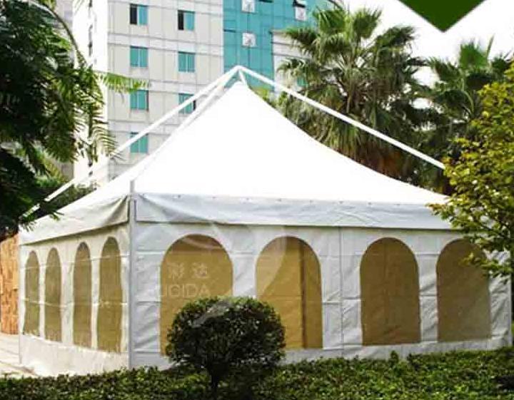 欧式尖顶篷房图片