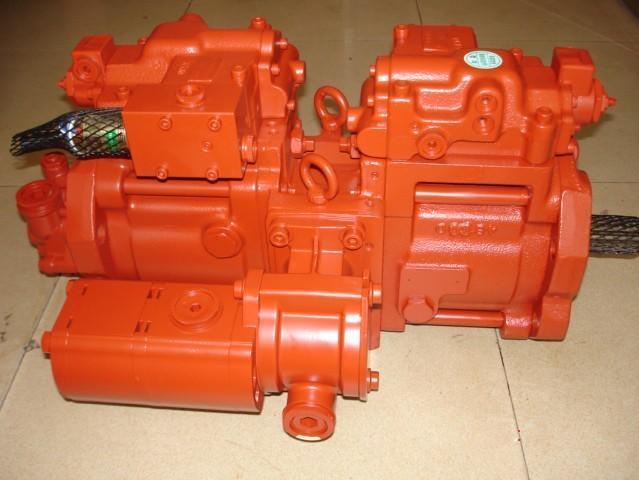 斗山挖掘机液压泵总成图片