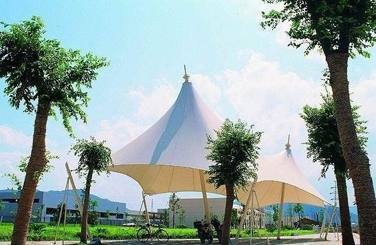 文化设施:展览中心/剧院/表演中心/水族馆等     四,交通设施:飞机场
