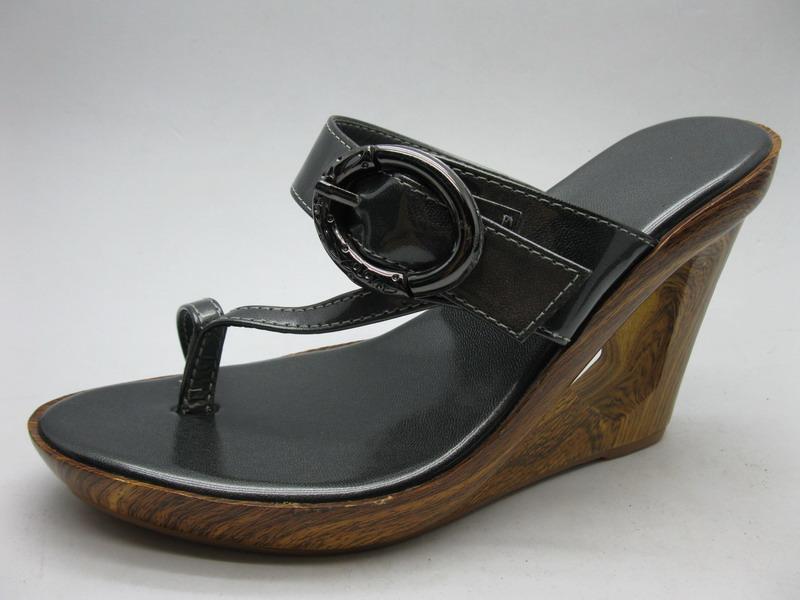 女木跟拖鞋 -1