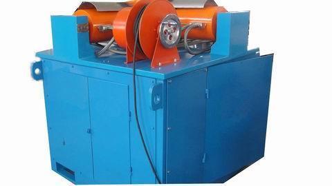 液压系统     采用高品质液压元件图片