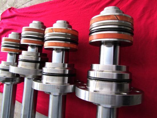 xz雪龙液压油缸