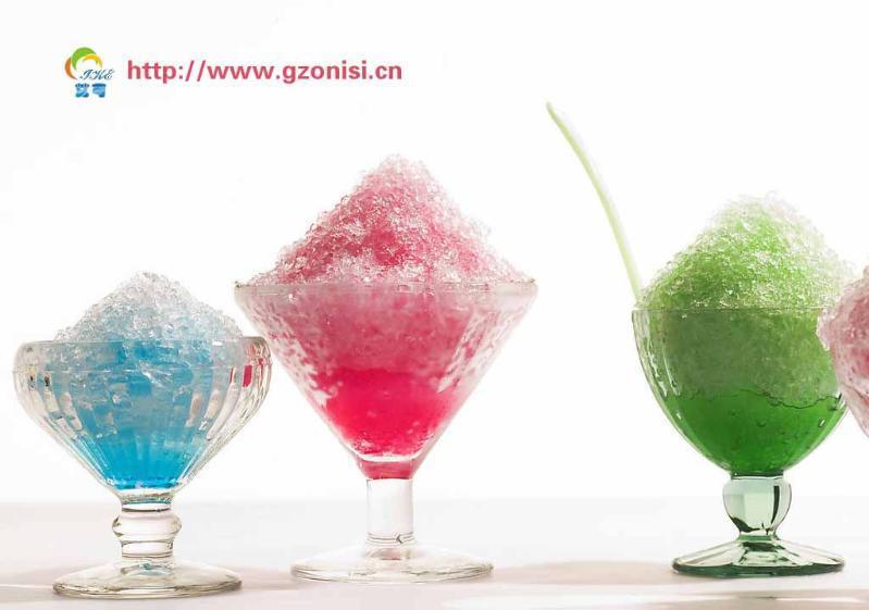 艾可冰淇淋,在制作过程中创造性地融入新鲜氧气,瞬间低温冻结,形成活性氧分子,使冰淇淋更鲜活可口。冰凉美味。同时可迅速补充人们在学习和工作中大脑所消耗的氧气,让人活力重现,心情焕然!   艾可冰淇淋,来自冰淇淋的发源地意大利,采用神秘配方制作,给人带来无与伦比的香浓口感。还加入了天然果蔬鲜榨原汁,让冰淇淋呈现七色光泽。   艾可冰淇淋富含的氧气还有美容、养颜、抗衰老、排毒等功效。还含有许多营养成分,如蛋白质、乳糖、钙质、维生素C、A、E,以及许多对人体有益的生物活性因子。一支艾可冰淇淋比同类体积的硬质冰