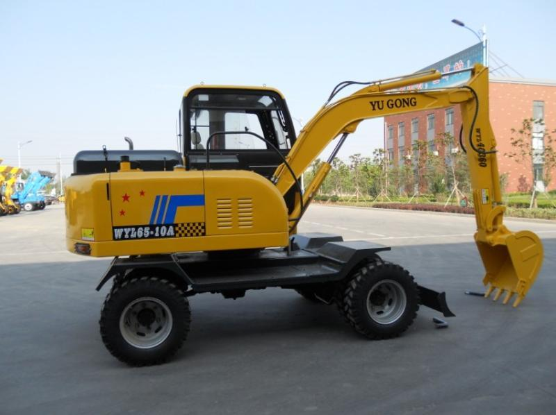 4wd全液压轮式挖掘机(l65)