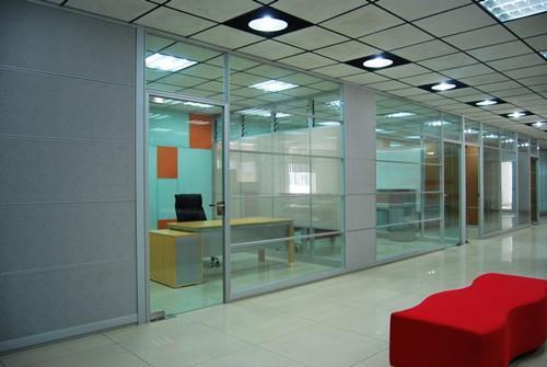 办公室  隔断   隔墙 隔断   屏风  隔断   隔断  gg-08; 高隔间,玻璃图片