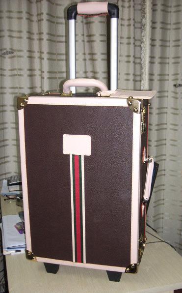 复古行李箱