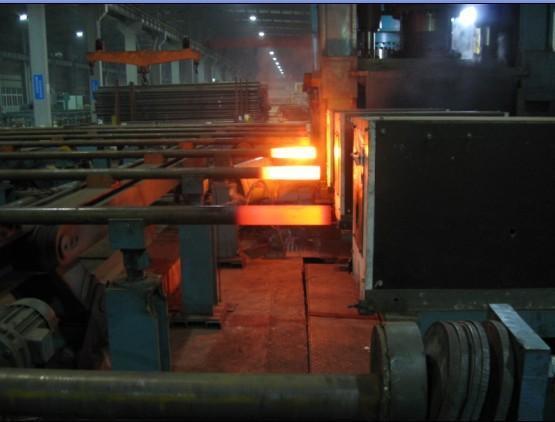 钢管端部中频加热炉