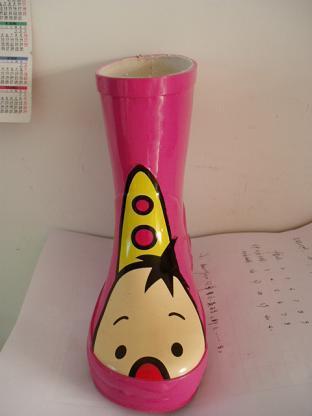 儿童橡胶雨鞋