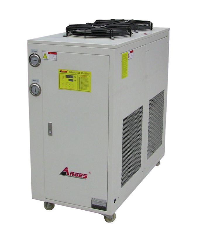 型制冷机_型制冷装置设计指导_型压缩机制冷冷水机