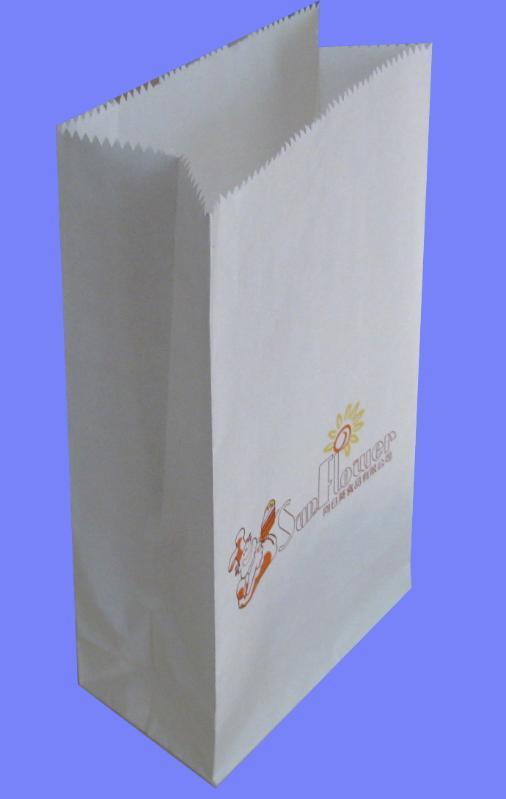 """分享到: """"三层牛皮纸外阀口袋""""参数说明 外形: 封口袋 种类: 牛皮纸袋图片"""