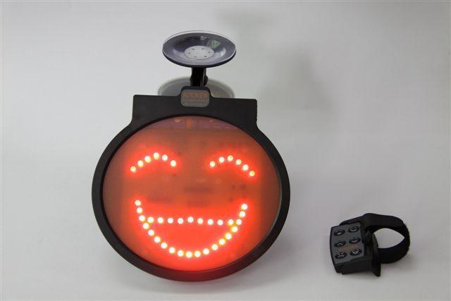 汽车表情灯=>鼠标右键点击图片另存为