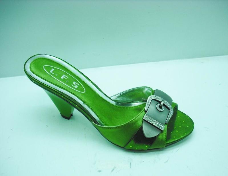 09最新款时尚豪华女装凉鞋(10926-1)