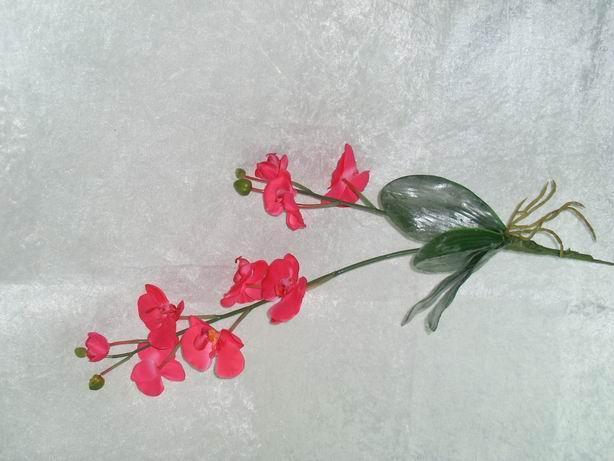 产品详情        仿真花,人造花,玫瑰花,百合花,蝴蝶兰,郁金香,康乃馨