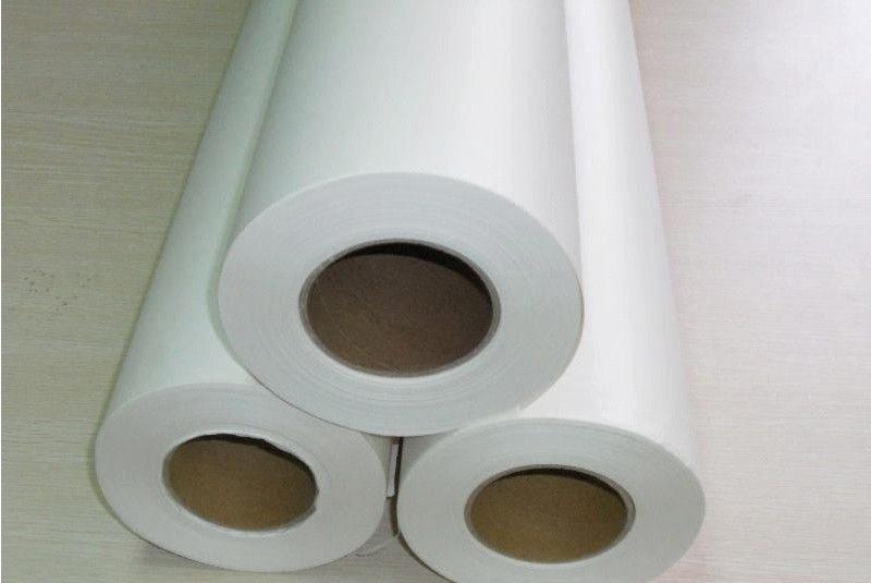 这时高温的转印纸飘落到布料上就会产生移位二次转印