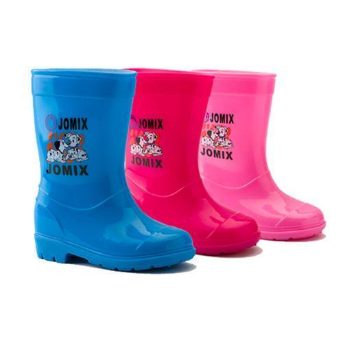 农村小孩穿雨鞋图片