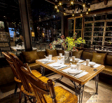 复古做旧胡桃里音乐餐厅酒吧家具实木加铁艺桌子尺寸可定制