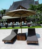 酒店度假村别墅泳池海滩实木躺椅太阳伞