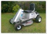 乘骑式汽油动力草坪机 Wl-830