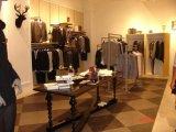 L2男装展示柜定制提供商-广州市星迪家具有限公司