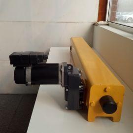 欧式成套驱动端梁2t 钢板焊接欧式端梁 定做起重机端梁头 欧式端梁价格多少